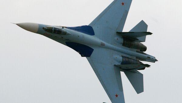 SU-27 fighter demonstration flight - Sputnik International