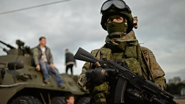 A soldier at the Russian Army Festival in Moscow. - Sputnik International