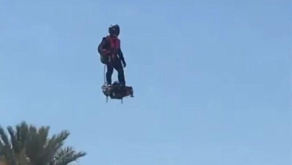 Reprise du Flyboard Air avec Franky Lake Havasu en Arizona - Sputnik International