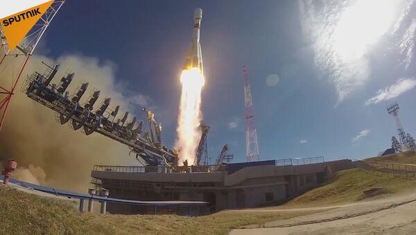 Soyuz-2.1b Rocket Launched From Russian Plesetsk Cosmodrome - Sputnik International