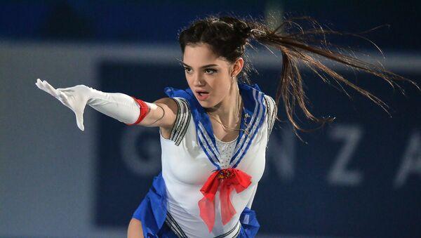 Yevgenia Medvedeva of Russia performs at the ISU World Team Trophy 2017 gala exhibition in Tokyo - Sputnik International