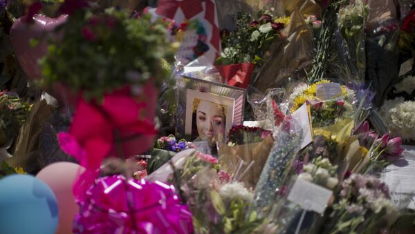 A portrait of Eilidh MacLeod, 14, who has been named as one of those who died in Monday's Manchester bombing, is seen at St Ann's Square in central Manchester, England, Friday, May 26 2017. - Sputnik International