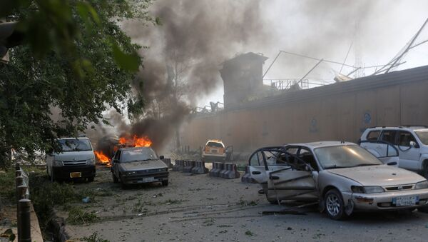 Damaged cars are seen at the site of a blast in Kabul, Afghanistan May 31, 2017. - Sputnik International