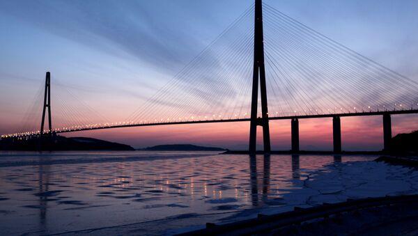 The cable-stayed bridge across Eastern Bosphorus Strait to Russky Island in Vladivostok. (File) - Sputnik International