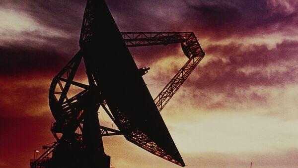 Radio telescope located at the Goldstone Tracking Station in the Mojave Desert, California - Sputnik International
