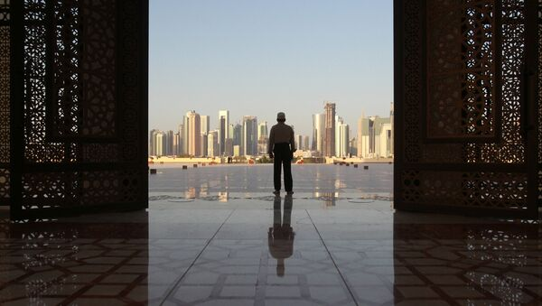 A man stands at Imam Muhammad ibn Abd al-Wahhab Mosque in Doha, Qatar, June 9, 2017 - Sputnik International