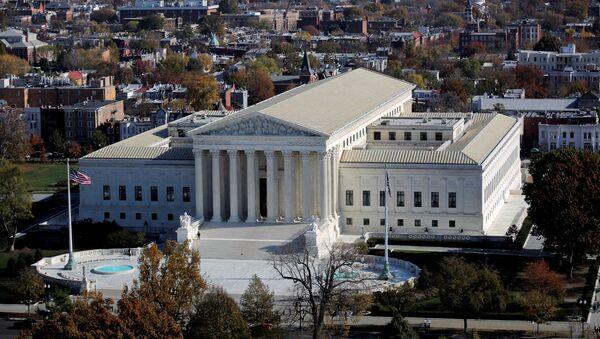 A general view of the U.S. Supreme Court building in Washington, U.S., November 15, 2016 - Sputnik International
