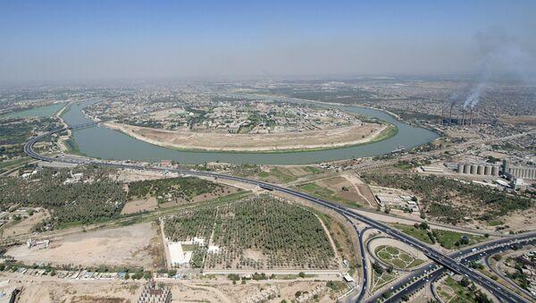 An aerial view of the Tigris River as it flows through Baghdad - Sputnik International