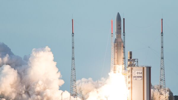 (File) An Ariane 5 rocket lifts off from the French Guiana Space Center - Sputnik International