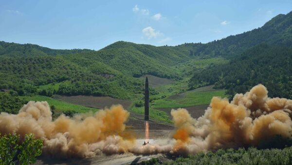 The intercontinental ballistic missile Hwasong-14 is seen during its test launch in this undated photo released by North Korea's Korean Central News Agency (KCNA) in Pyongyang, July, 4 2017. - Sputnik International