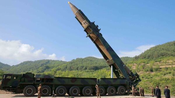 The intercontinental ballistic missile Hwasong-14 is seen in this undated photo released by North Korea's Korean Central News Agency (KCNA) in Pyongyang, July, 4 2017. - Sputnik International