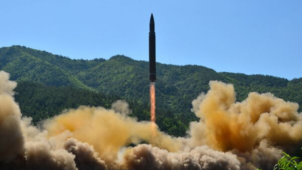 The intercontinental ballistic missile Hwasong-14 is seen during its test in this undated photo released by North Korea's Korean Central News Agency (KCNA) in Pyongyang, July 5 2017 - Sputnik International