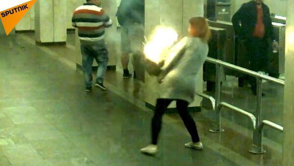 Who Said That Vaping is Safer Than Smoking? Vape Battery Exploded in Minsk Metro - Sputnik International
