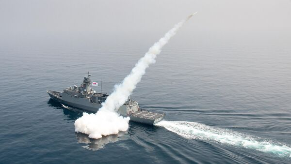 South Korean navy ship fires a missile during a drill in South Korea's East Sea - Sputnik International