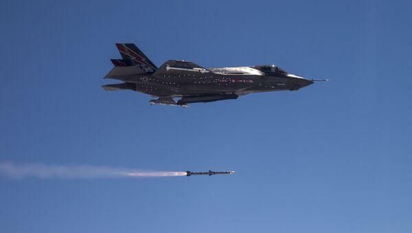 AMRAAM F-35 - Sputnik International