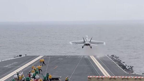 Super Hornet Conducts EMALS take off aboard the USS Gerald Ford. - Sputnik International