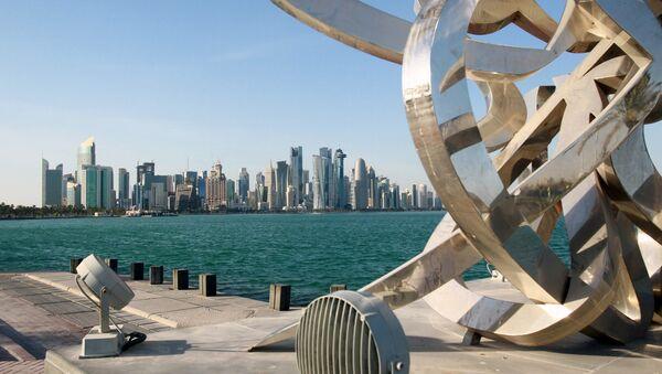 Buildings are seen from across the water in Doha, Qatar June 5, 2017 - Sputnik International
