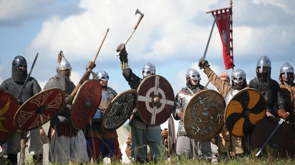 Vikings at The Warrior's Field, an annual festival of history clubs, held in Drakino Park in the Serpukhovsky district. (File) - Sputnik International