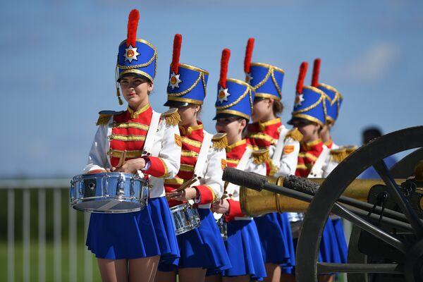 Checkmate! Russia Beats France in Unique Battle of Borodino - Sputnik International