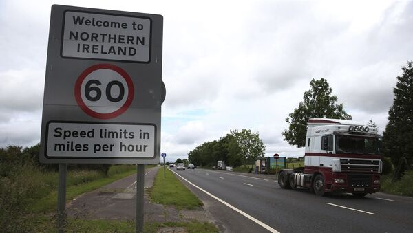 This is a June 15, 2016 file photo of of traffic crossing the border between the Republic of Ireland and Northern Ireland in the village of Bridgend, Co Donegal Ireland - Sputnik International