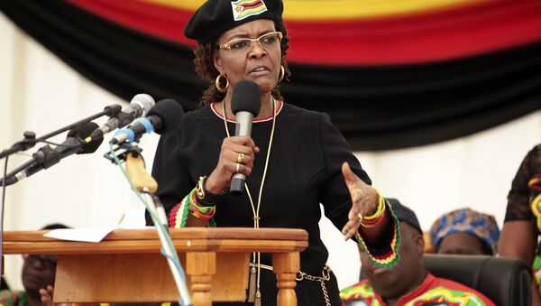 Zimbabwean first lady Grace Mugabe addresses party supporters at an event on the outskirts of Harare, Friday, Feb. 17, 2017. - Sputnik International