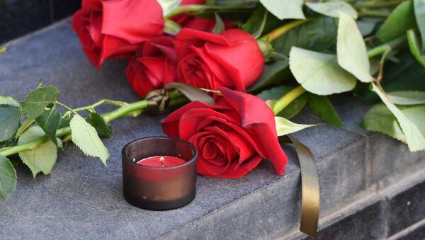 Flowers in tribute to Barcelona attack victims - Sputnik International