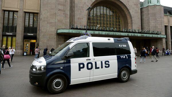 Finnish police patrol in front of the Central Railway Station, after stabbings in Turku, in Central Helsinki, Finland August 18, 2017 - Sputnik International