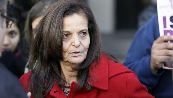 In this Nov. 10, 2014, file photo, Rasmieh Odeh, of Chicago, speaks to the media outside federal court in Detroit - Sputnik International