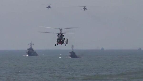 Russian Baltic Fleet Marines Practice Amphibious Assault - Sputnik International