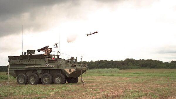 Army Stryker vehicles with 30 mm cannon & Javelin upgrades - Sputnik International