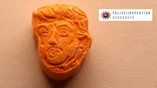 German police say they have seized thousands of ecstasy pills in the shape of President Donald Trump's head, a haul with an estimated street value of 39,000 euros ($45,900). - Sputnik International