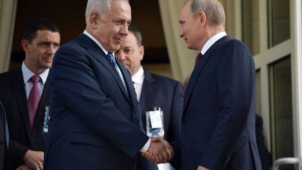 August 23, 2017. Russian President Vladimir Putin and Prime Minister of Israel Benjamin Netanyahu, foreground, left, during a meeting - Sputnik International