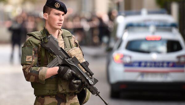 Armed French soldier. (File) - Sputnik International