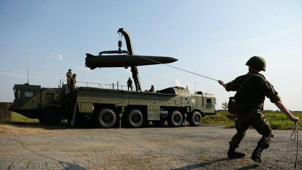 Deployment of an Iskander-M tactical missile system - Sputnik International