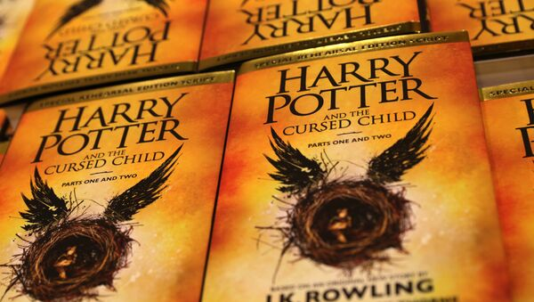 Piles of the new Harry Potter script book Harry Potter and the Cursed Child Parts One & Two are pictured inside Waterstones bookshop on Piccadilly in central London early in the morning of July 31, 2016, during the midnight party celebrating the publication of Harry Potter and the Cursed Child Parts One & Two script book - Sputnik International
