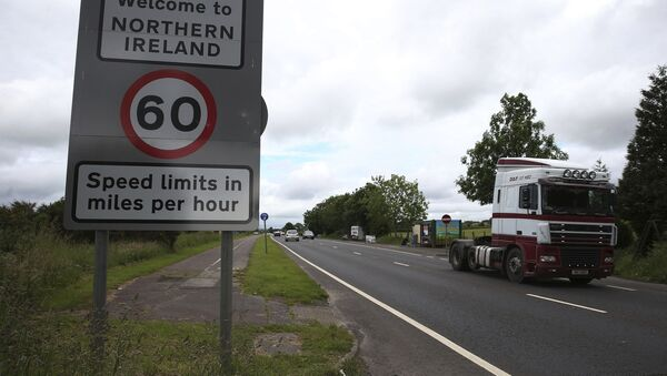 This is a June 15, 2016 file photo of of traffic crossing the border between the Republic of Ireland and Northern Ireland in the village of Bridgend, Co Donegal Ireland. - Sputnik International