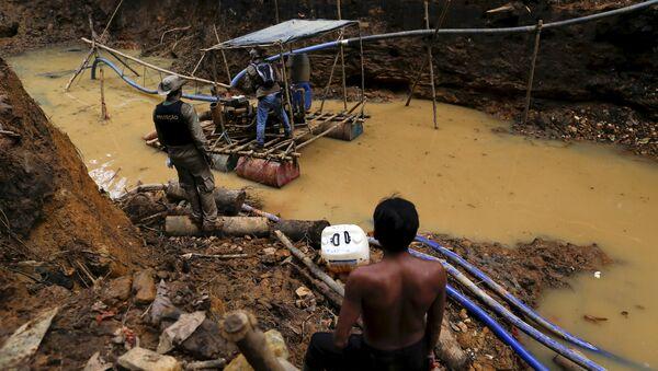 Illegal Mining in Amazon - Sputnik International