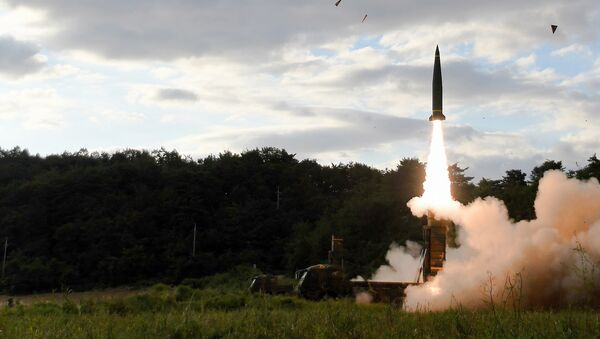 In this photo provided by South Korea Defense Ministry, South Korea's Hyunmoo II ballistic missile is fired during an exercise at an undisclosed location in South Korea, Friday, Sept. 15, 2017 - Sputnik International