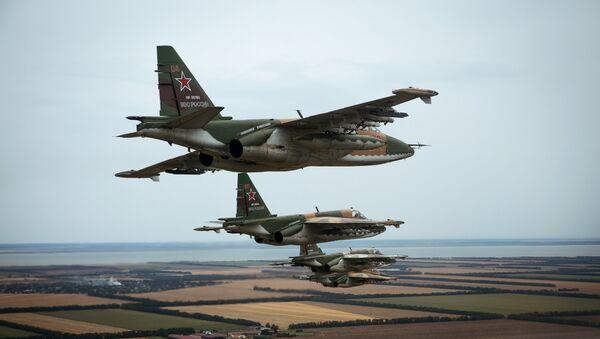 Flight training of Sukhoi SU-25 crews in Primorsko-Akhtarsk - Sputnik International