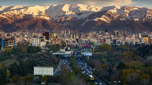 Tehran, Iran, skyline showing Alborz mountain range in the distance - Sputnik International