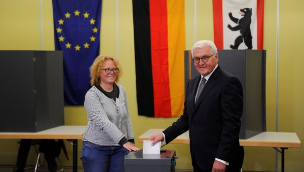 German President Frank-Walter Steinmeier casts his vote on election day in Berlin, Germany September 24, 2017 - Sputnik International