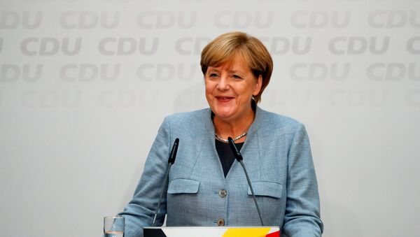Christian Democratic Union CDU party leader and German Chancellor Angela Merkel addresses a news conference at the CDU party headquarters, a day after the general election (Bundestagswahl) in Berlin, Germany September 25, 2017 - Sputnik International
