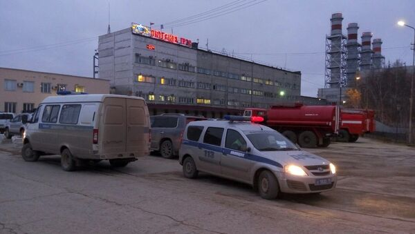A car of Russian police near the building of Yakutsk power plant where the fire took place. - Sputnik International