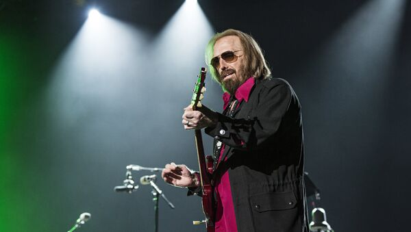 Tom Petty of Tom Petty and the Heartbreakers seen at KAABOO 2017 at the Del Mar Racetrack and Fairgrounds on Sunday, Sept. 17, 2017, in San Diego, Calif.  - Sputnik International