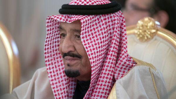 King Salman bin Abdulaziz Al Saud of Saudi Arabia during a meeting with Russian President Vladimir Putin. - Sputnik International