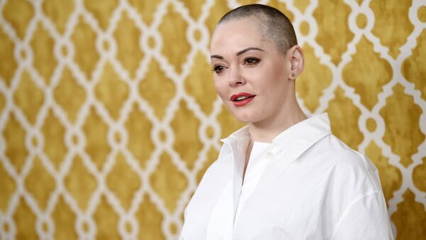 Actress Rose McGowan poses at the premiere of the HBO film at Paramount Studios in Los Angeles. (File) - Sputnik International