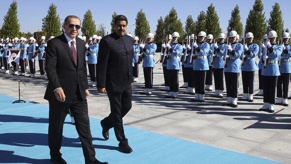 Nicolás Maduro, presidente de Venezuela, y Recep Tayyip Erdogan, presidente de Turquía, Ankara, 6 de octubre de 2017 - Sputnik International