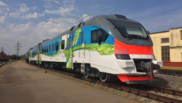 The EP2D electric train, released in September 2017 - Sputnik International