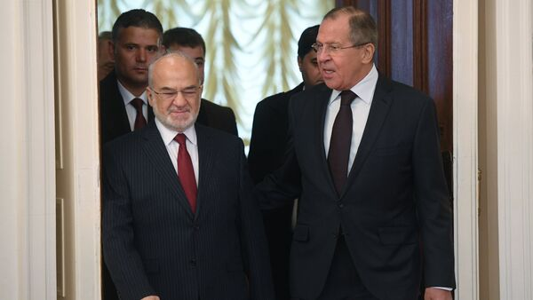 Foreground, from right: Russian Foreign Minister Sergei Lavrov and his Iraqi counterpart Ibrahim al-Jaafari during a meeting in Moscow - Sputnik International