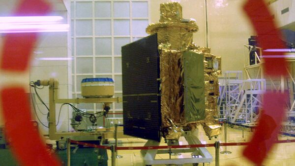 In this 18 September 2008 file photo, the Chandrayaan-1 spacecraft, India's first unmanned mission to the Moon, is seen as it is unveiled at the Indian Space Research Organisation (ISRO) Satellite Centre in Bangalore, India. - Sputnik International